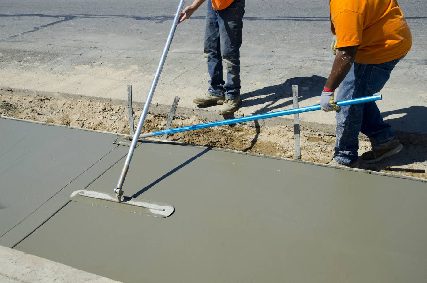 Finition de b ton crepi montreal rive sud for Finition piscine beton